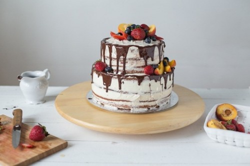 11 Naked Wedding Cakes That Are Downright Gorgeous Thethings