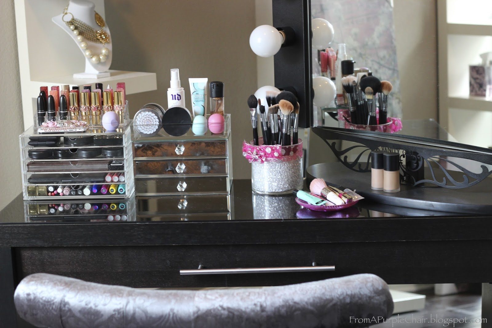 10 Diy Hacks To Organize Your Makeup Like A Pro Thethings